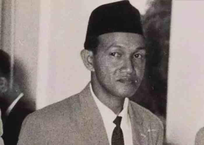 Idham Chalid - Pahlawan Nasional