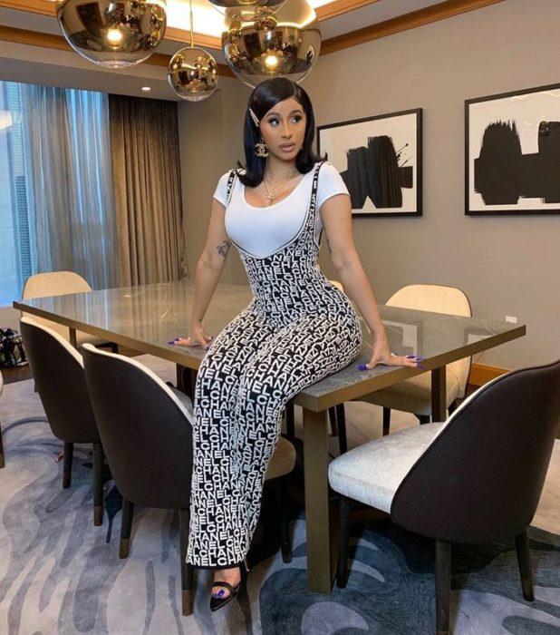 Cardi B Rejects Her Hotel Food In Nigeria