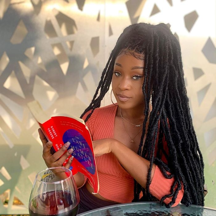 Efia Odo Warns SM Fans To Stop Tagging Her In Shatta Wale's Useless Posts After She Was Dumped