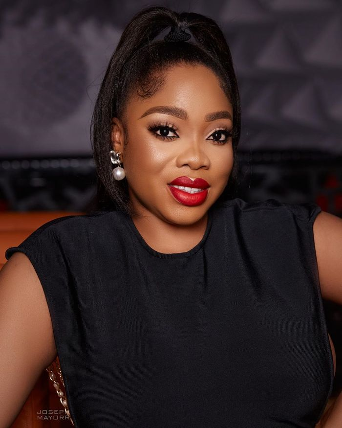 Angry Moesha Buduong Rains Insult On A Fan Who Asked Her What She Does For A Living