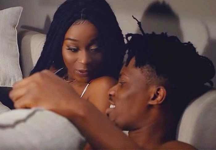 A Male Voice Sounding Like Kwesi Arthur's Loudly Heard In Background Of Efia Odo's Bedroom Video - These Two Might Be Bonking Each Other
