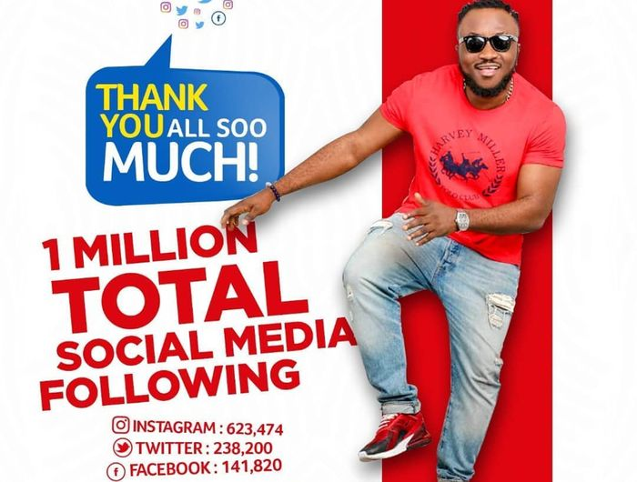DKB Spends Estimated Amount Of Ghc500 On An Artwork To Celebrate Reaching 1 Million Total Following On Facebook, Instagram And Twitter Even Though He Hasn't Made Ghc5 On These Platforms