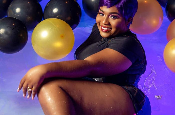 Concoctionist Mama Gee Puts Her Banging Thighs On Display To Celebrate Her Birthday