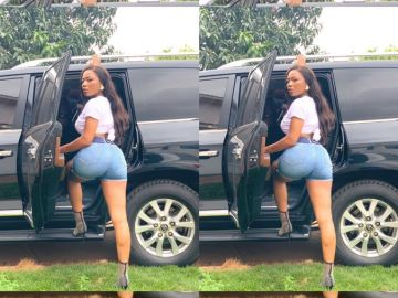 Efya Nokturnal Has Developed Some Huge Butts All Of A Sudden - This Is Unbelievable