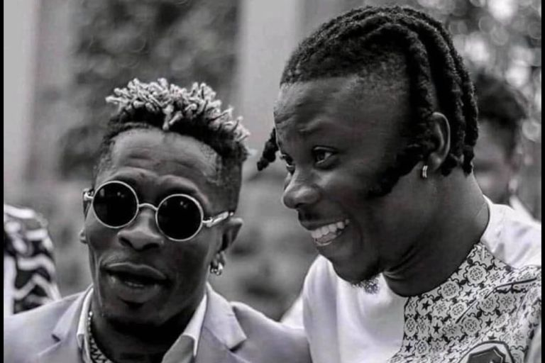 Shatta Wale And Stonebwoy Should Look And Think Beyond Recognition, Mere Plaques And Talk Business With VGMA Board