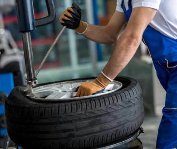 How To Remove A Tire From The Rim