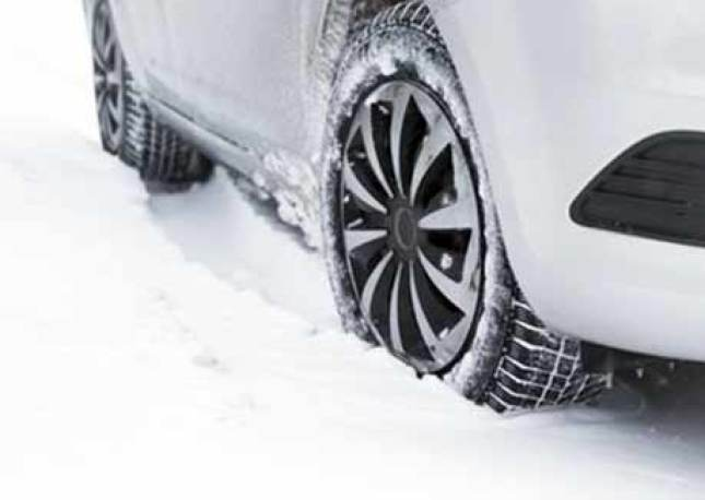 when to put on snow tires