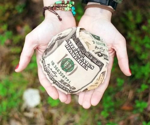 hands, money