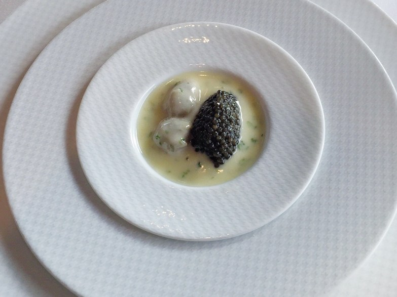 OYSTER AND PEARLS - Pearl Tapioca w/ Island Creek Oysters & White Sturgeon Caviar