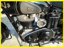 1952 12-7 a5ee AJS Model 18, clutch plate cover removed during race