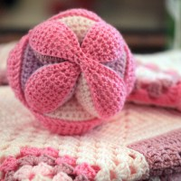 Crochet Amish Ball with Free Pattern Link