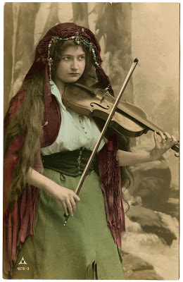 Vintage Image Lovely Gypsy With Violin The Graphics Fairy