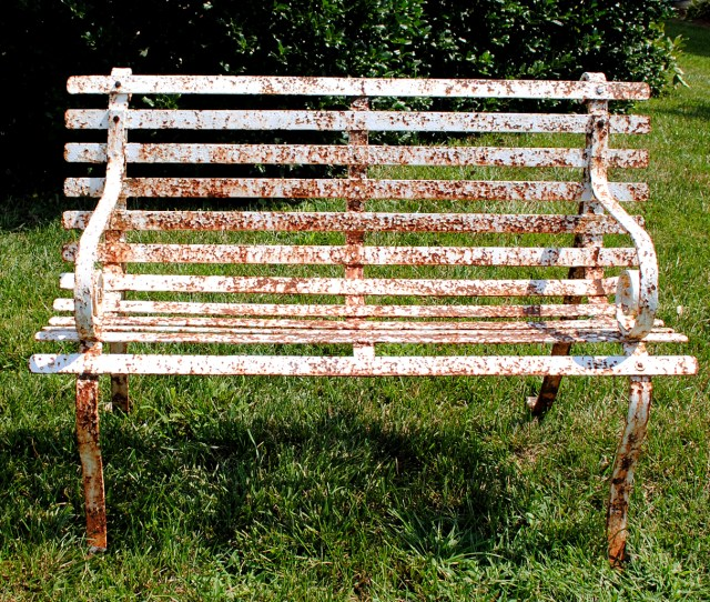 How To Paint Rusty Iron Garden Furniture