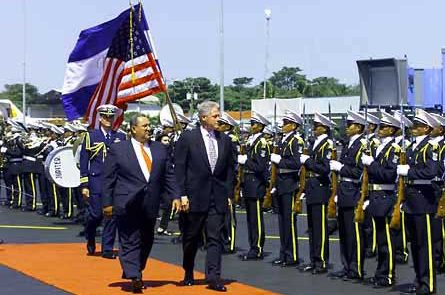US President Bill Clinton with corrupt right-wing Nicaraguan President Arnoldo Alemán in 1999