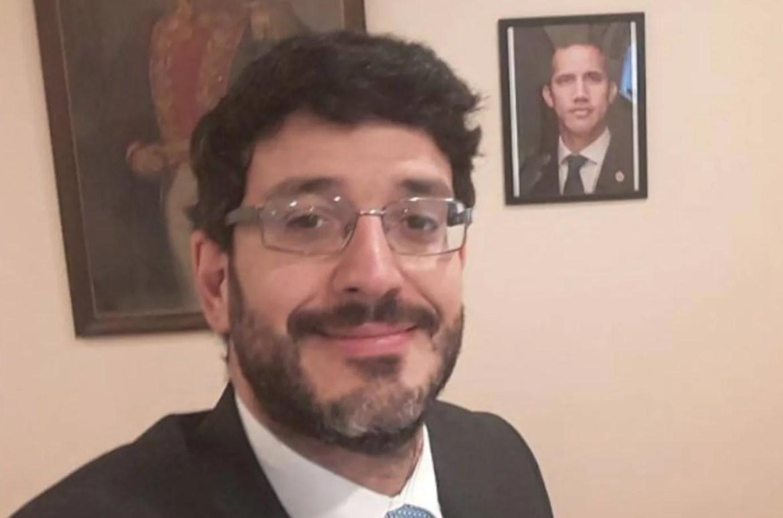 José Ignacio Hernández Juan Guaido Venezuela