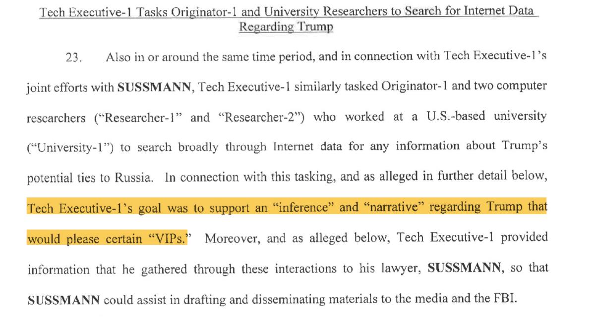 создать «нарратив о связях Трампа с Россией», которое в конечном итоге «удовлетворило бы некоторых VIP-персон»