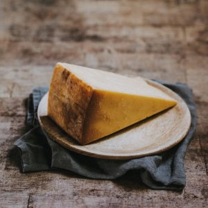Quickes Oak Smoked Cheddar