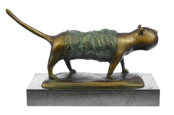 Fernando Botero, Fat Cat Sculpture, cat art, cat statues, cats