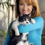 Jane Seymour and Stachi her cat