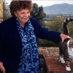 Muriel Spark with cat