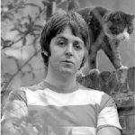 Paul McCartney and cat
