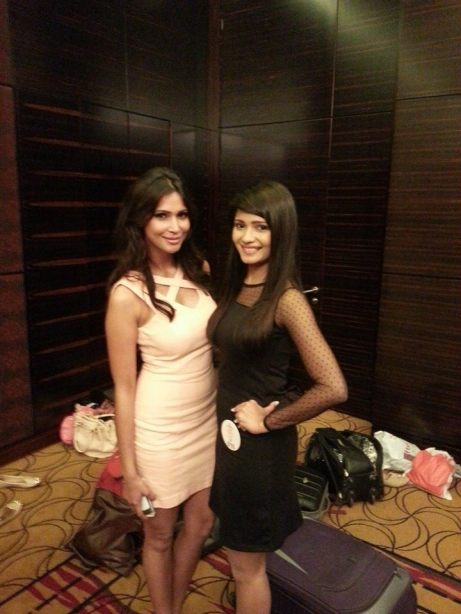 Bhakti with Prachi Mishra, Miss India Earth 2012, during Pune region Audition.