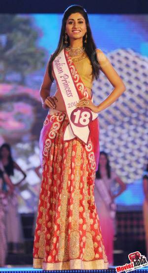 Swati during traditional round in India Princess 2014