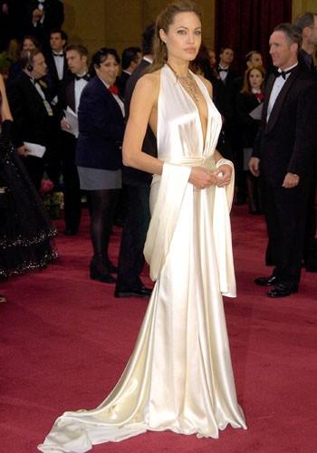 350x500_Angelina-Jolie-1