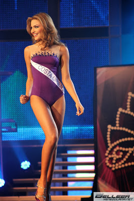 Migbelis Castellanos in swimsuit round at Miss Venezuela 2014
