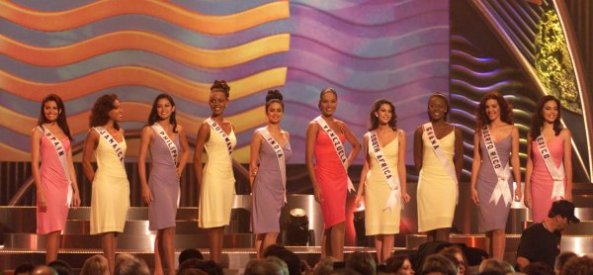 Gul Panag in Top 10 of Miss Universe 1999, 5th from Left.