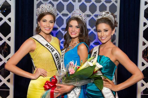Miss Universe 2013 Maria Gabriela Isler(left) Miss USA 2014 Nia Sanchez (right) with the new Miss Teen USA 2014 K. Lee Graham