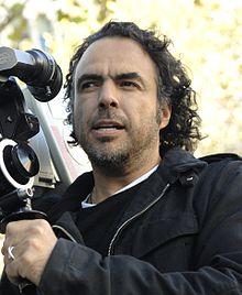 Alejandro_González_Iñárritu_with_a_camera_in_production_Cropped