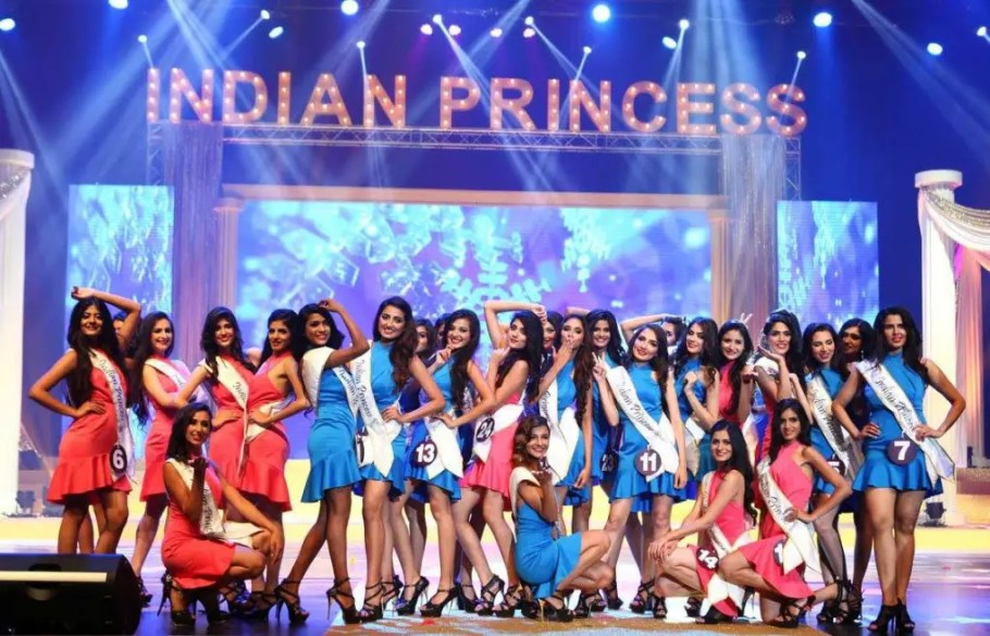 Indian Princess 2015 Contestants Performing during the grand finale