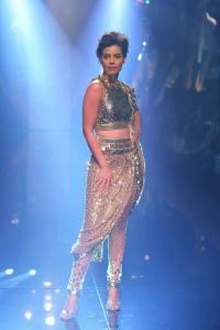 Abu Jani Sandeep Khosla's Jawani Jaaneman Collection from Lakme Fashion Week.