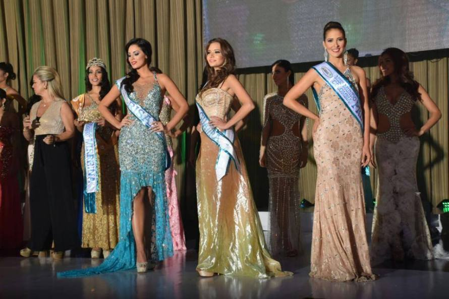 Maria Alejandra Lopez crowned as Miss Mundo Colombia 2015