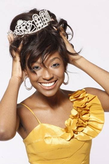 Lisa Drouillard is Miss Haiti Universe 2015