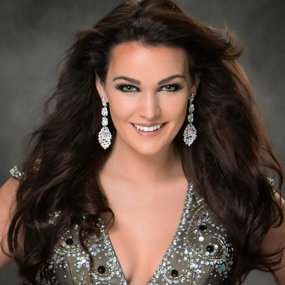 Miss Vermont USA 2016-  Neely Fortune