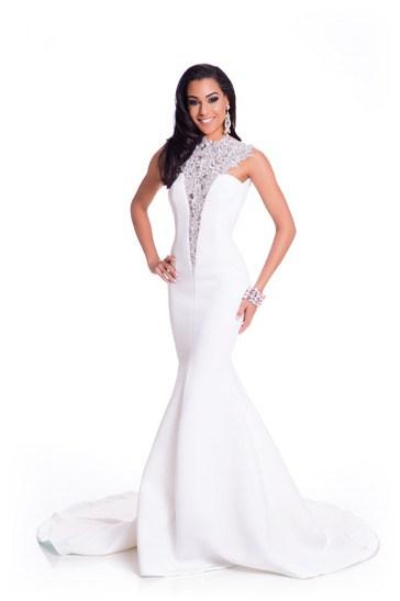 Miss Jamaica-Sharlene Rädlein during Miss Universe 2015 evening gown portrait