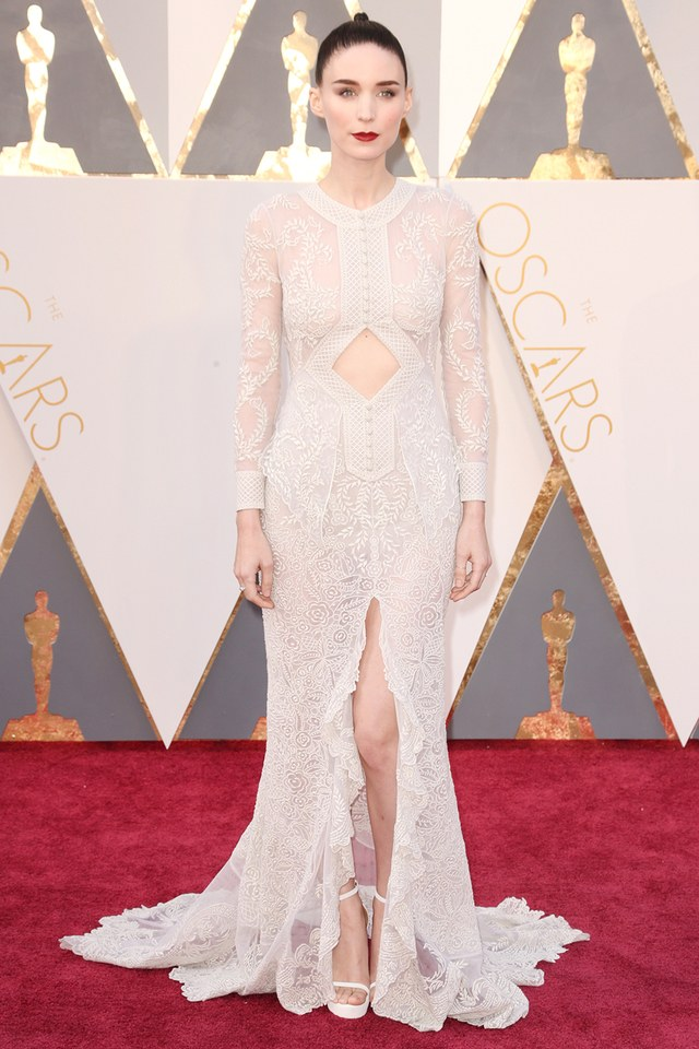 Rooney Mara in Givenchy she was in our best list in Best and the worst dressed at Oscars 2016