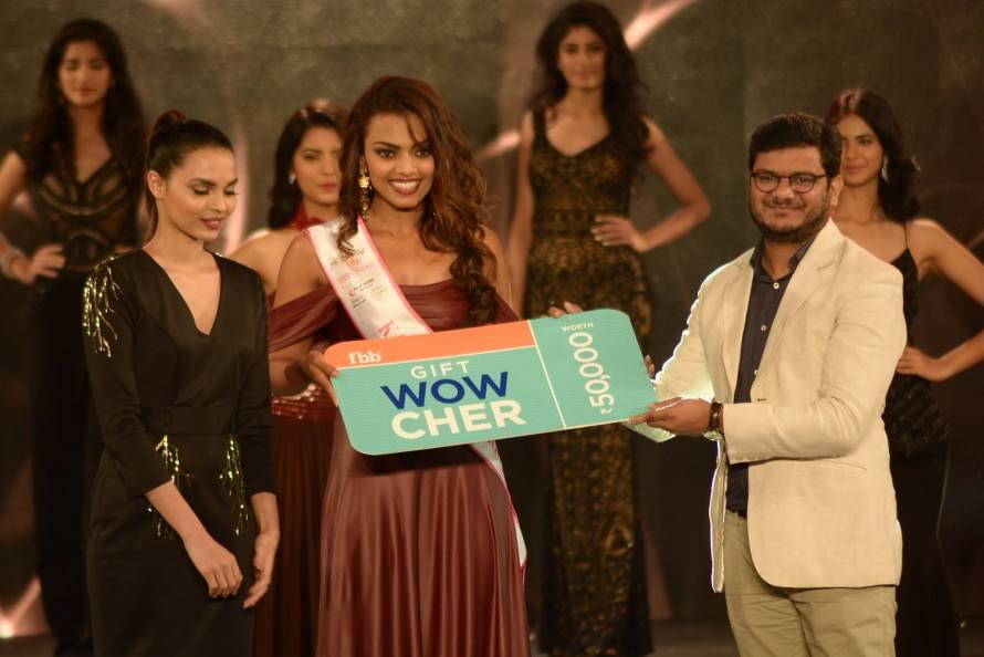 Dimple Paul won Kara Wipes Miss Vivacious at Femina Miss India 2016 Sub COntest