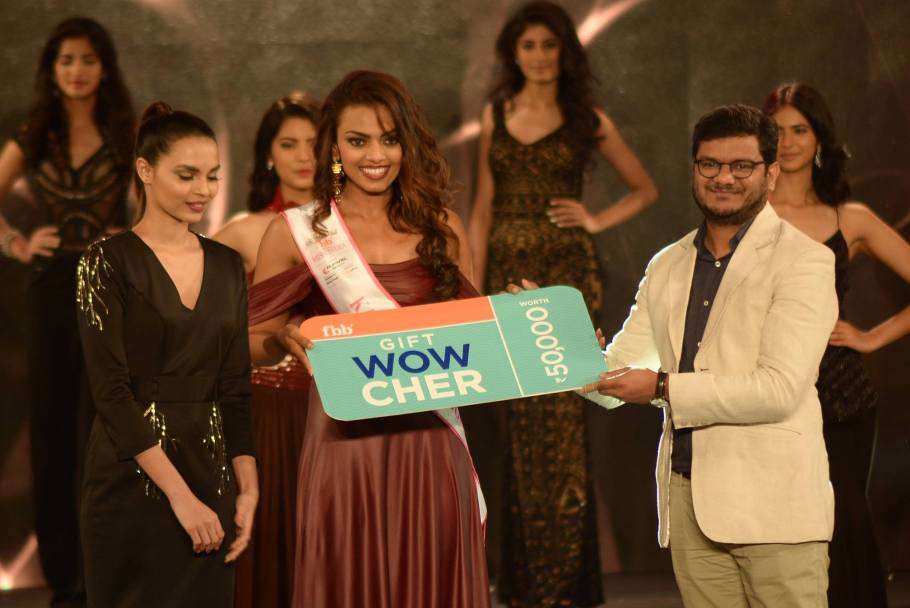 Dimple Paul won Kara Wipes Miss Vivacious at Femina Miss India 2016 Sub COntest
