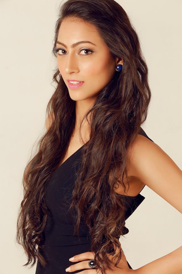 Sana Dua is a contestant of Campus Princess 2016