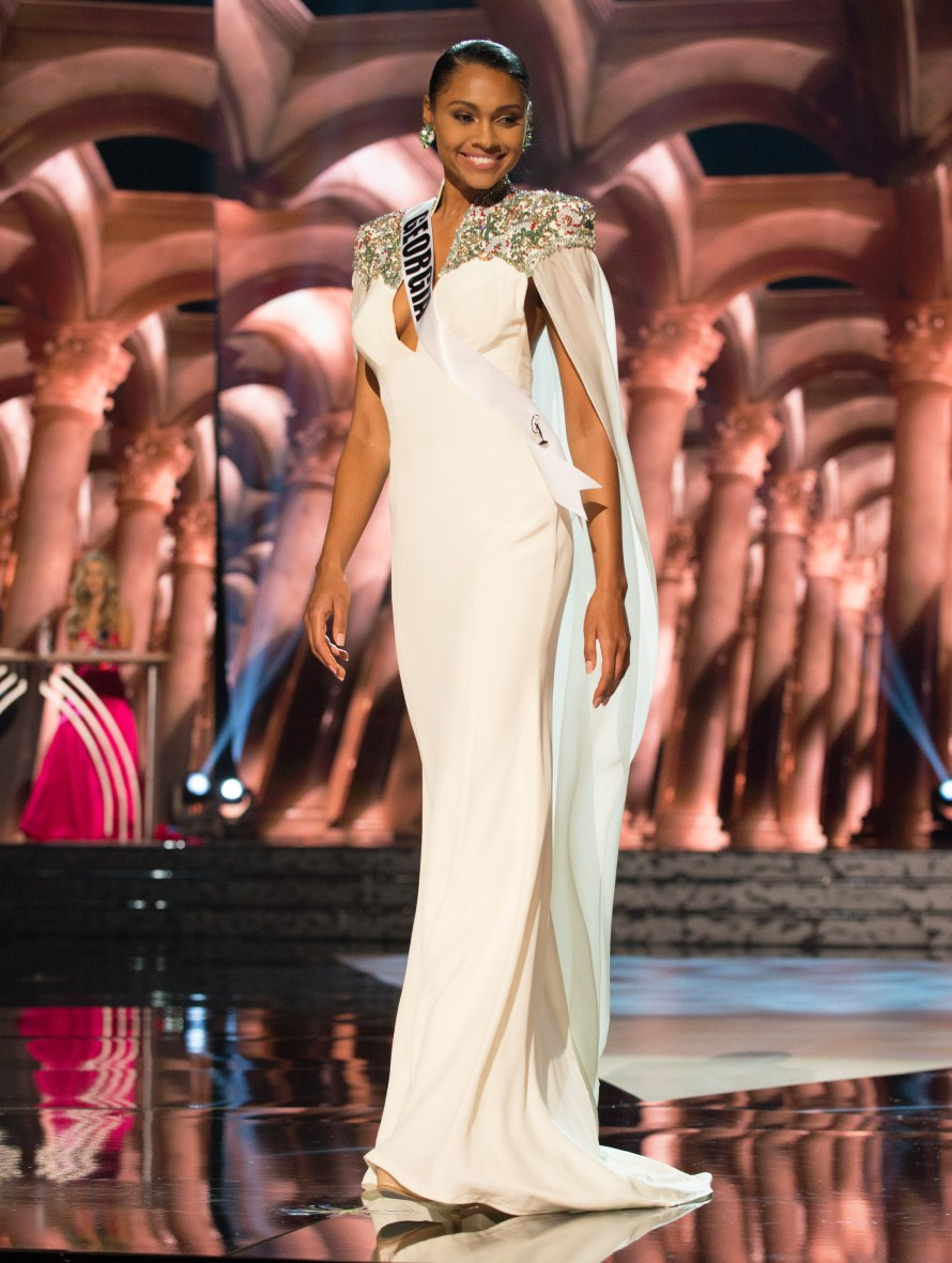 Emanii Davis, Miss Georgia USA 2016 is one of the best in Best and the worst Evening Gowns at Miss USA 2016 Preliminary show