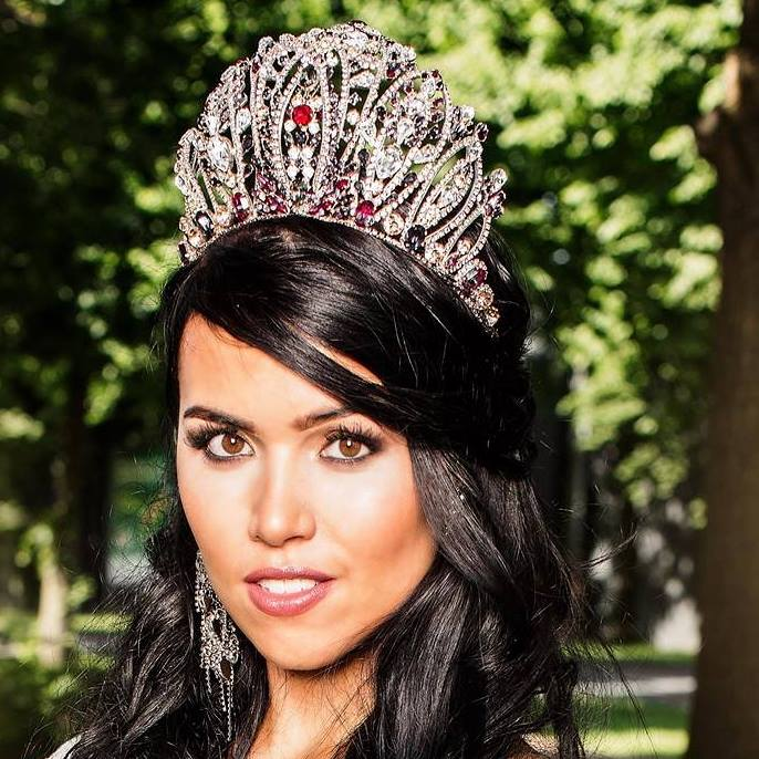 Deborah van Hemert won Miss Earth Netherlands 2016 she will represent Netherlands at Miss Earth 2016
