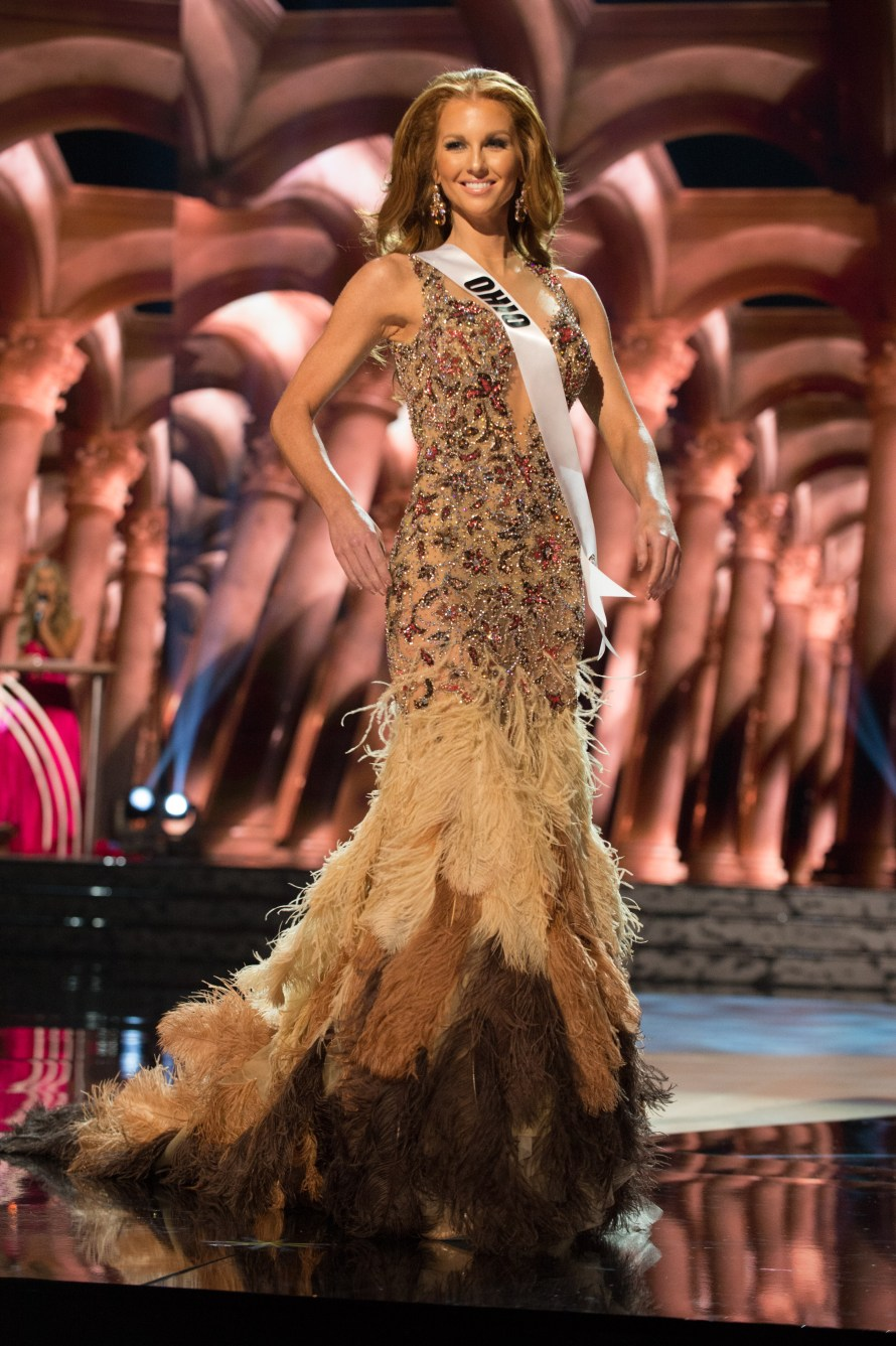 Megan Wise, Miss Ohio USA 2016 is one of the worst in Best and the worst Evening Gowns at Miss USA 2016 Preliminary show