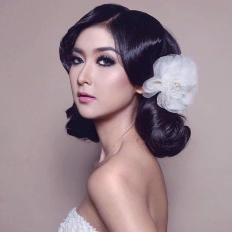 Kevin Lilliana will represent Indonesia at Miss International 2017