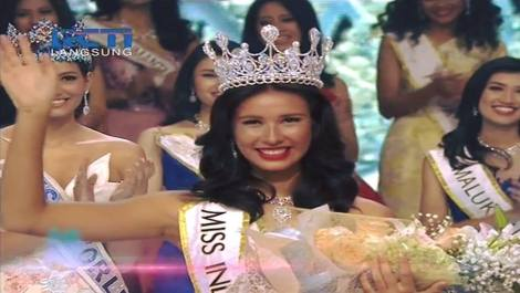 Achintya Nilsen wins Miss World Indonesia 2017.