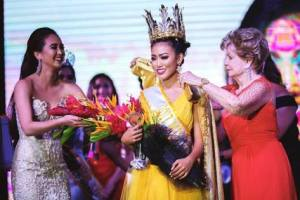 Destiny Cruz crowned as Miss World Guam 2017