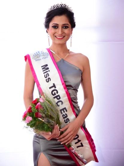 Sakshi Gupta crowned as Miss TGPC East 2017