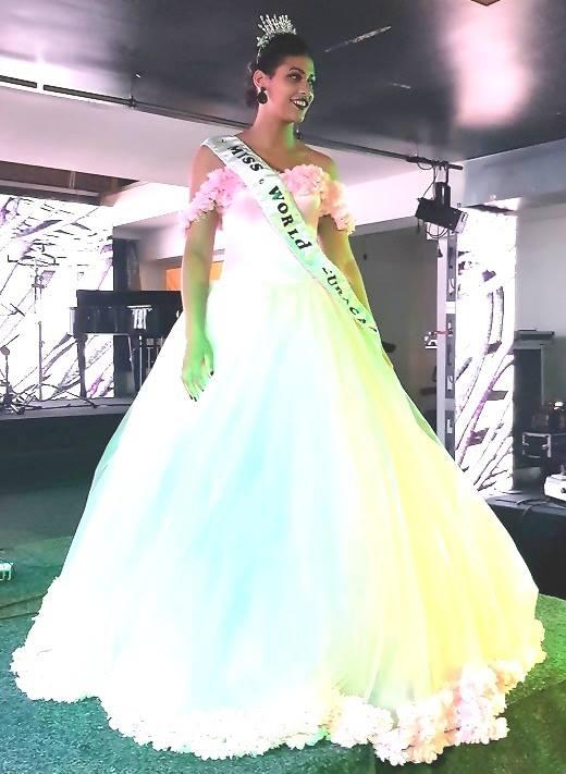 Vanity Girigori crowned as Miss World Curacao 2017